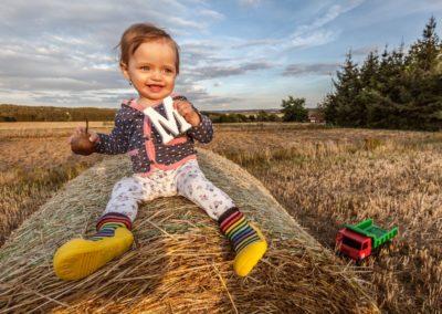 Portrétní fotografie děti - Malvínka 10 měsíců